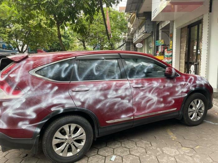 Công an TP Hải Phòng thông tin vụ xe Honda CRV bị phun sơn