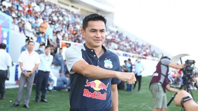 """Báo Thái Lan: """"Kiatisuk đang tô điểm cho toàn bộ bóng đá Đông Nam Á"""""""