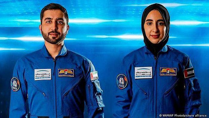 UAE: Người phụ nữ đầu tiên được lựa chọn để đào tạo thành phi hành gia