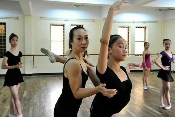 """Đề nghị Bộ GD-ĐT xem xét vụ học viên trường múa """"kêu cứu"""""""