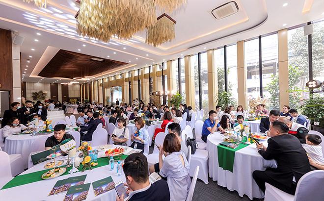 Him Lam Vạn Phúc: Sôi động giao dịch tại sự kiện bán hàng tháng 4