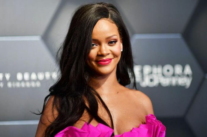 Rihanna và trợ lý gốc Việt xuống đường phản đối kỳ thị người gốc Á