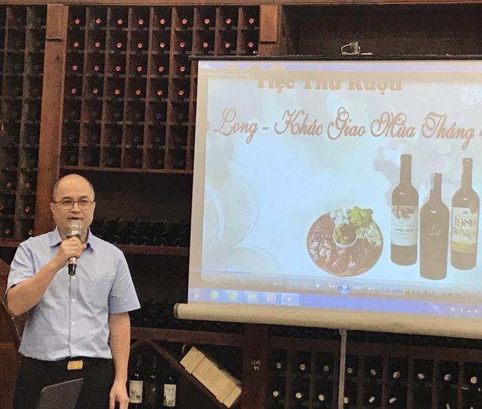 Trải nghiệm văn hóa vang tại Thăng Long Vinery