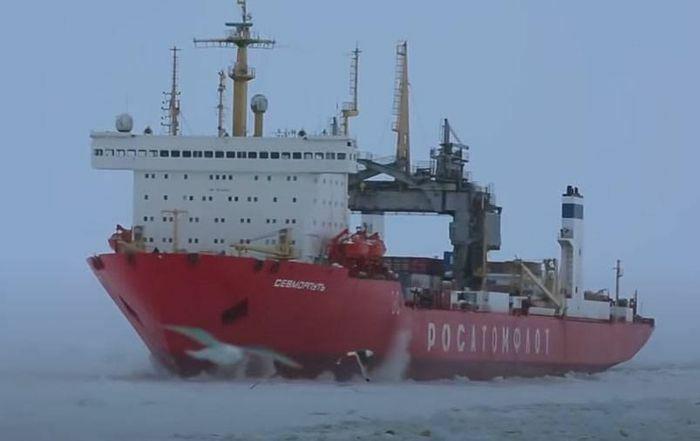 """""""Con đường Tơ lụa"""" ở Bắc Cực trở nên phụ thuộc vào Nga"""