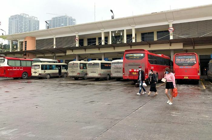 Thêm giải pháp bảo đảm trật tự, an toàn giao thông tại Bến xe Mỹ Đình, Công viên Cầu Giấy