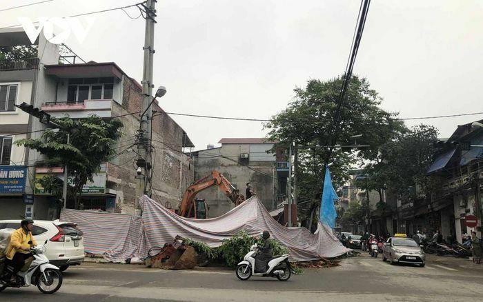 Lào Cai: Căn nhà 3 tầng bất ngờ sập đổ trong đêm