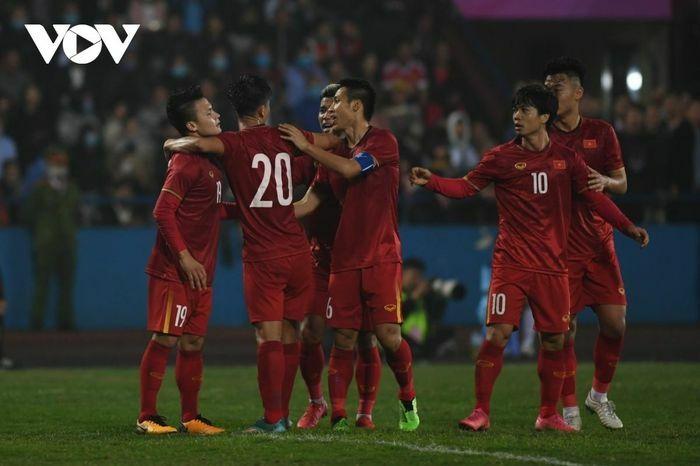 ĐT Việt Nam tiệm cận thứ hạng lịch sử trên BXH FIFA - ảnh 1