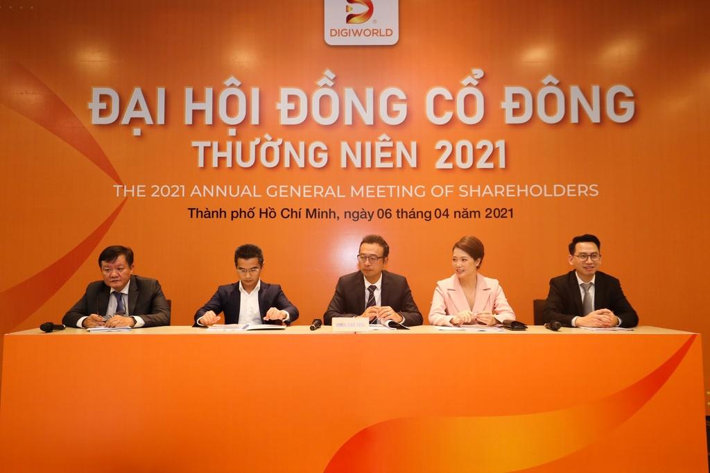 Tại sao cổ phiếu nhà phân phối Xiaomi ở Việt Nam tăng hơn 500%?