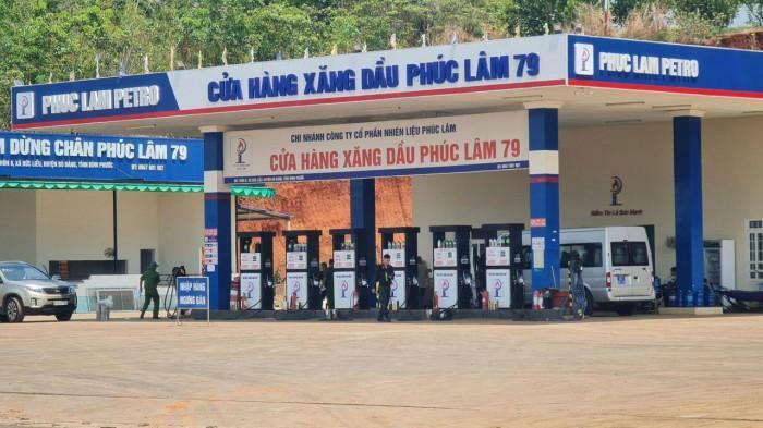 Vụ 2,7 triệu lít xăng giả: Cảnh sát phong tỏa cửa hàng xăng dầu Phúc Lâm 79