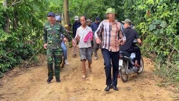 Hơn trăm người vây bắt phạm nhân trốn trại ẩn nấp trên núi