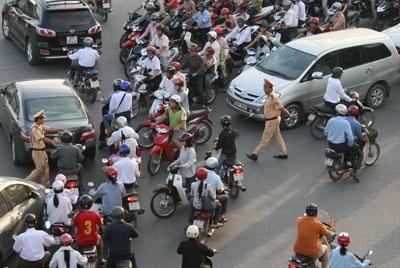 Nghiên cứu tăng chế tài xử phạt vi phạm giao thông