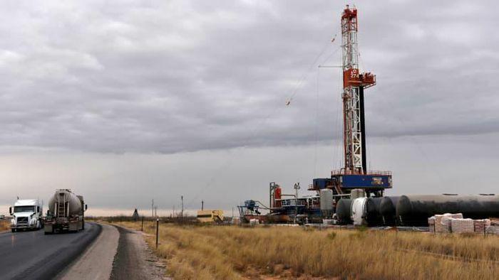 Giá dầu giữ đà tăng nhờ triển vọng phục hồi kinh tế
