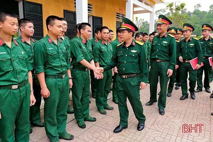 Trung đoàn 841 Bộ CHQS Hà Tĩnh tổ chức huấn luyện 90 chiến sỹ mới