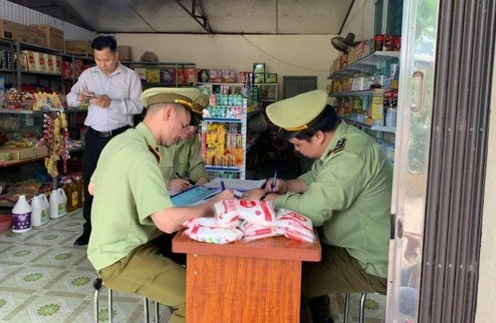 Chặn đứng nhiều lô hàng giả, không rõ xuất xứ tại Gia Lai, Quảng Ninh, Vĩnh Phúc