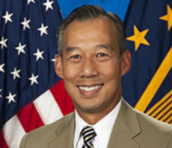 Ông Biden chọn một người gốc Việt làm quyền bộ trưởng