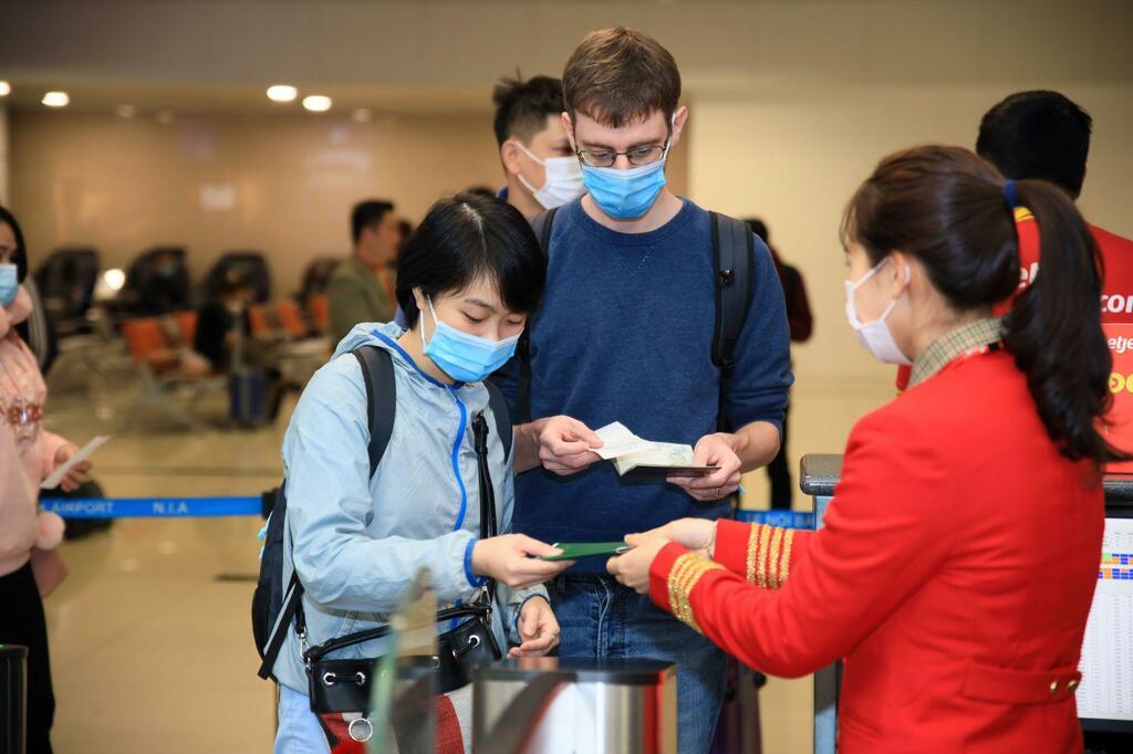 Mở lại một loạt đường bay quốc tế