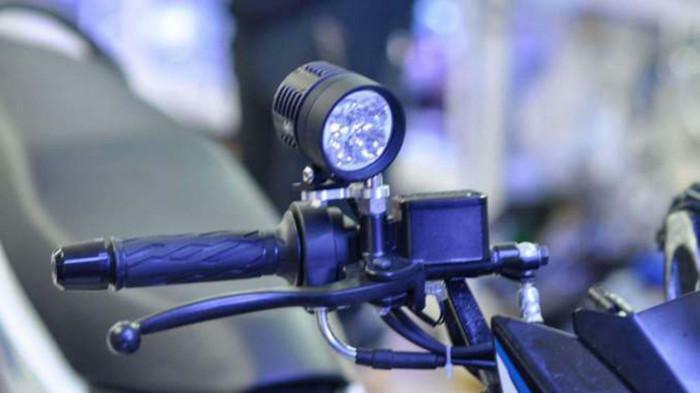 Lắp thêm đèn trợ sáng cho xe có bị phạt?