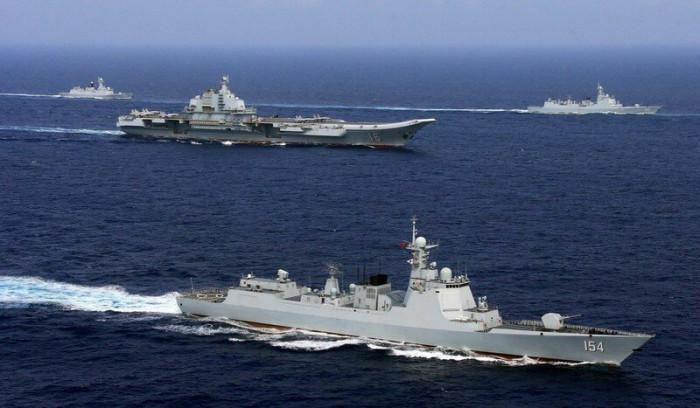 Tàu sân bay Liêu Ninh Trung Quốc nghênh ngang đi qua eo biển Nhật Bản
