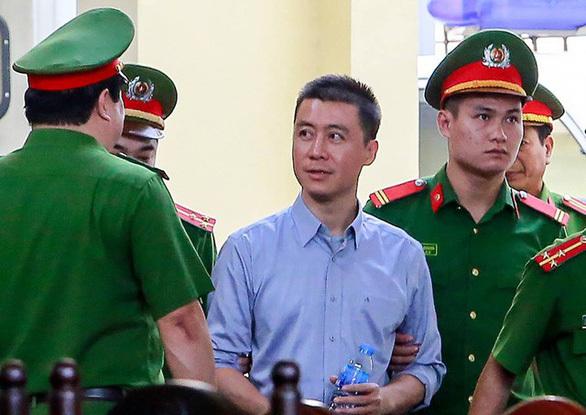 """Kháng nghị hủy quyết định giảm án tha tù với """"trùm"""" cờ bạc Phan Sào Nam"""