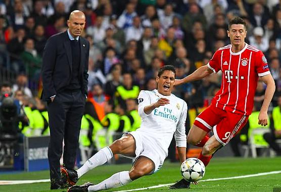 Robert Lewandowski rời Bayern tới Real ngay Hè này?