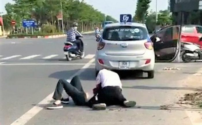Sức khỏe tài xế taxi bị kẻ cướp đâm trọng thương giờ ra sao?