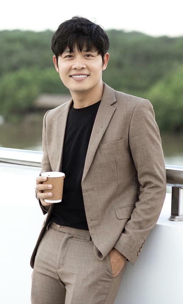 Nguyễn Văn Chung: 'Bỏ 15.000 USD mua coin, web sập, tôi mất hết'