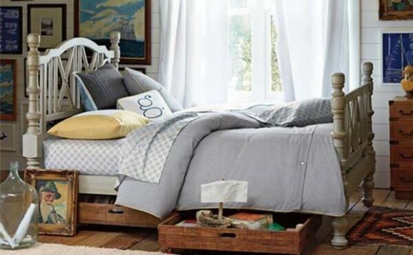 Gầm giường dù rộng đến đâu cũng không được để đồ linh tinh, kị nhất là 3 thứ này