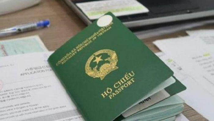 Xác định người có quốc tịch Việt Nam và điều kiện được nhập quốc tịch Việt Nam - ảnh 1