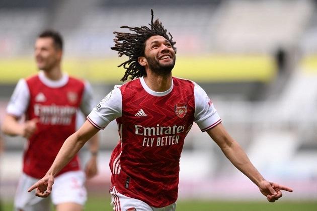 Aubameyang lập siêu phẩm, Arsenal thắng vượt trội Newcastle