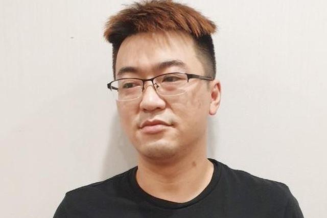 """Hot girl Trung Quốc cầm đầu nhóm đối tượng tá túc """"chui"""" ở Hà Nội"""