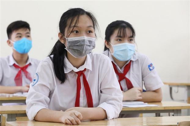 Học sinh Hà Nội tiếp tục nghỉ học, học sinh Bắc Giang tạm dừng đến trường từ hôm nay