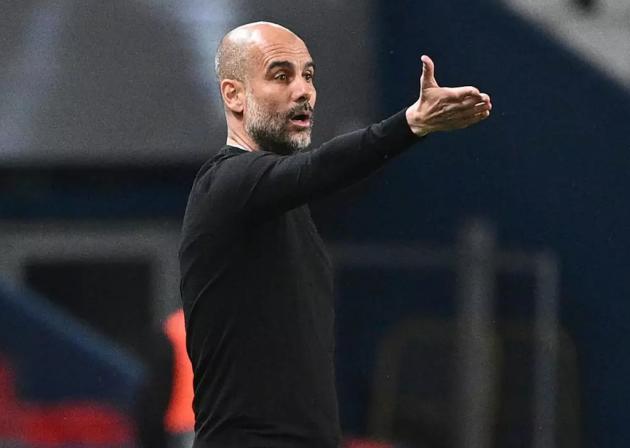 Pep Guardiola và bước chân đến sự vĩ đại tại Man City