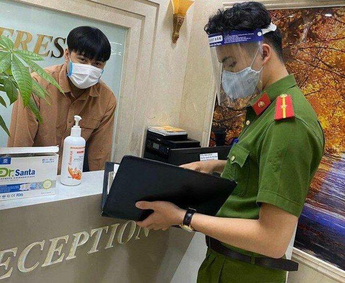 """Lại phát hiện người Trung Quốc nhập cảnh trái phép, sống """"chui"""" ở Hà Nội"""