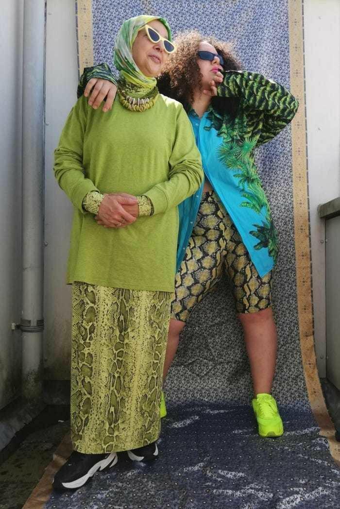 """Con gái """"lăng xê"""" người mẹ 68 tuổi bị ung thư thành fashionista tỏa sáng"""