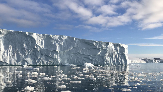 Tử thần Bắc Cực thoát khỏi mộ băng, nhiều con sông nhiễm độc