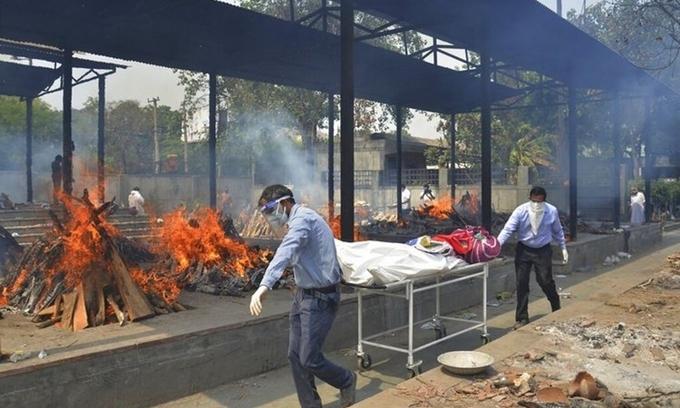 Ấn Độ 'sắp đối mặt những tuần kinh hoàng vì Covid-19′ - ảnh 1