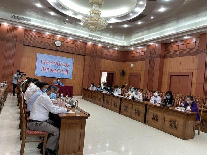Quảng Nam có 112 người liên quan bar New Phương Đông