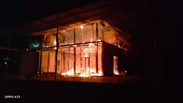Căn nhà gỗ 2 tầng của Chủ tịch Hội nông dân xã bị lửa thiêu rụi lúc rạng sáng