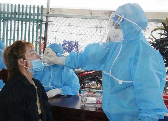 Người dân trong khu phong tỏa ở Đăk Lăk âm tính lần 1 với SARS-CoV-2