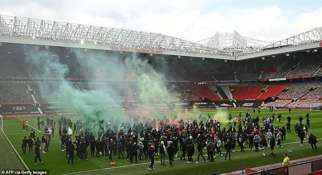 Chính thức hoãn trận đấu tâm điểm M.U – Liverpool