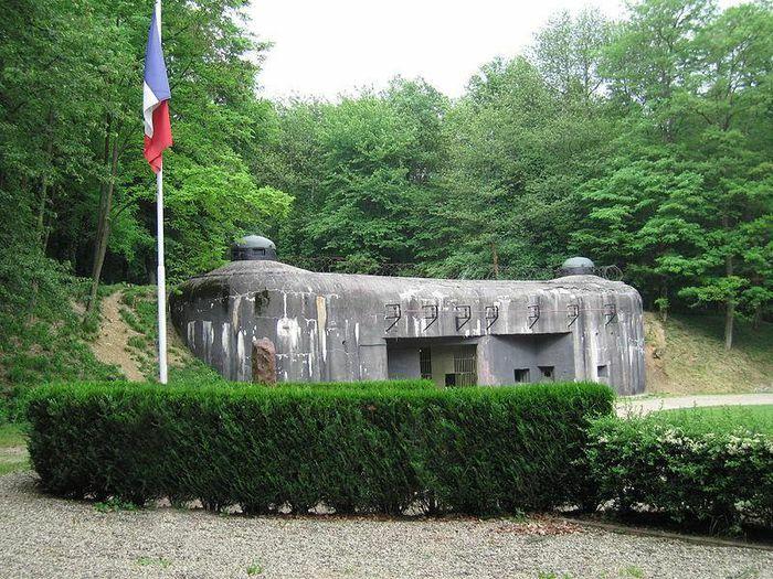 Tại sao siêu phòng tuyến Maginot của Pháp lại thất bại thảm hại?