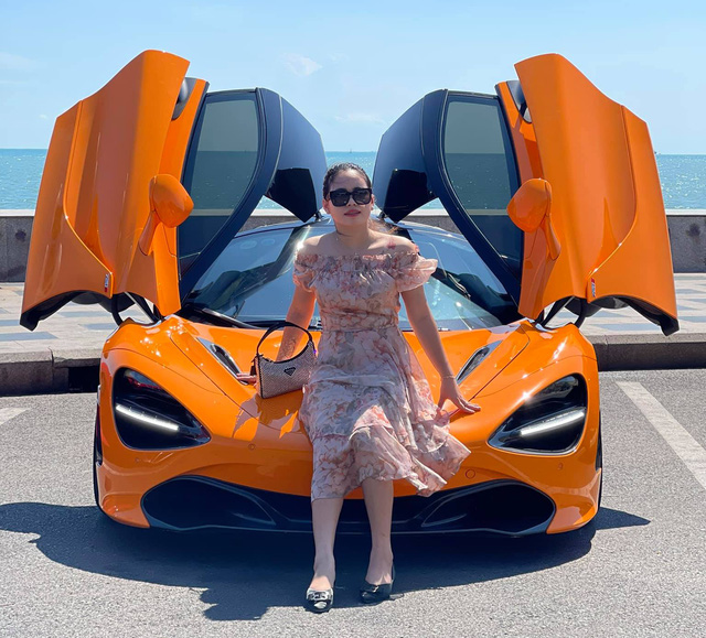 Sau F8 Tributo, cô gái Phú Yên tiếp tục bổ sung McLaren 720S vào bộ sưu tập xe hàng chục tỷ đồng