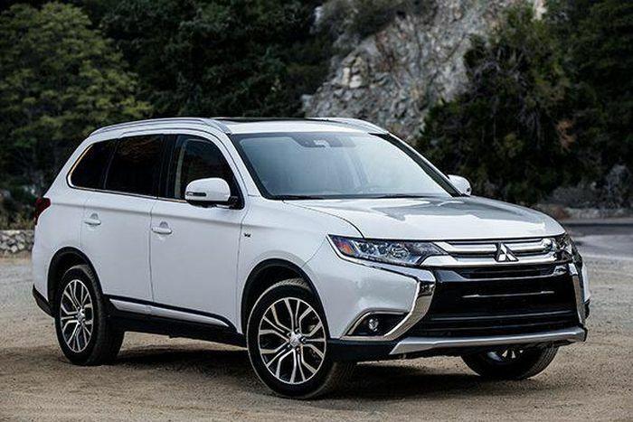 Mitsubishi Việt Nam lại triệu hồi Outlander để thay thế bơm xăng