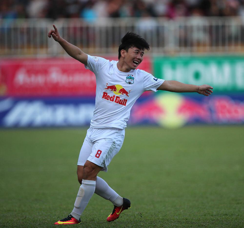 Minh Vương bớt lận đận dưới tay HLV Park Hang Seo