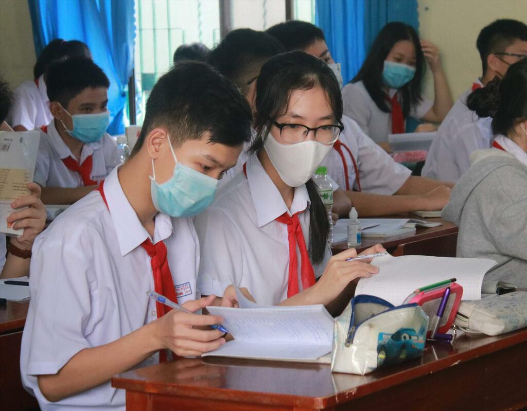 Hơn 1.000 học sinh, giáo viên ở Thanh Hóa phải nghỉ học do phụ huynh dương tính SARS-CoV-2