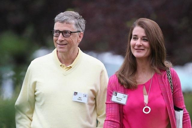 Bill Gates chuyển cho vợ tài sản gần 2,4 tỷ USD vào ngày thông báo ly hôn
