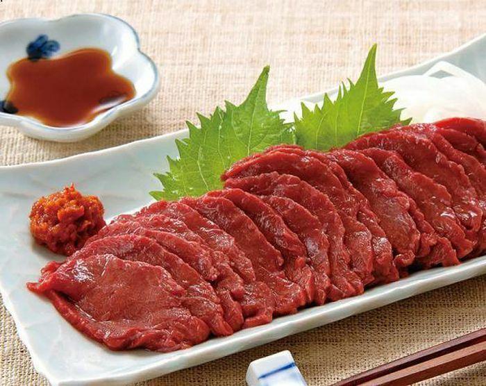 Ăn thịt ngựa sống và những điều kỳ lạ chỉ có ở Nhật Bản