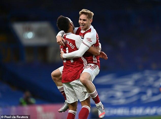 Arsenal thắng Chelsea, HLV Arteta vẫn nổi điên