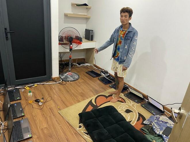 Đột kích 'tổng hành dinh' phân phối… số 'lô, đề' trái phép tại căn hộ trên tầng 20 ở quận Hà Đông