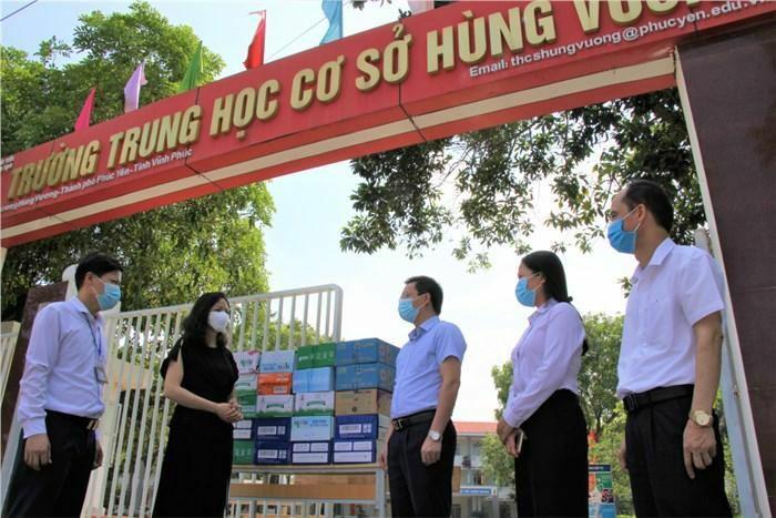 Vĩnh Phúc: Chia sẻ, động viên GV-HS đang cách ly tại Trường THCS Hùng Vương